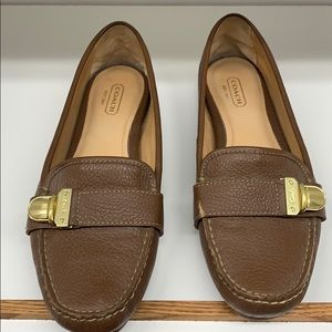 Coach loafers size 9B, so comfortable